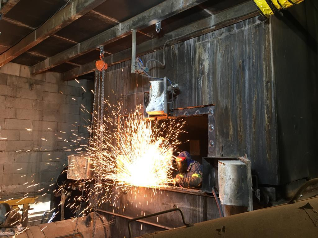 Reparacion de caldera de biomasa - Soluciones Integrales de Combustion